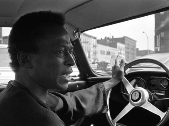 Miles Davis 69518-17a